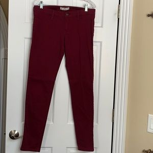 Hollister burgundy jean leggings. Size 11/30 waist